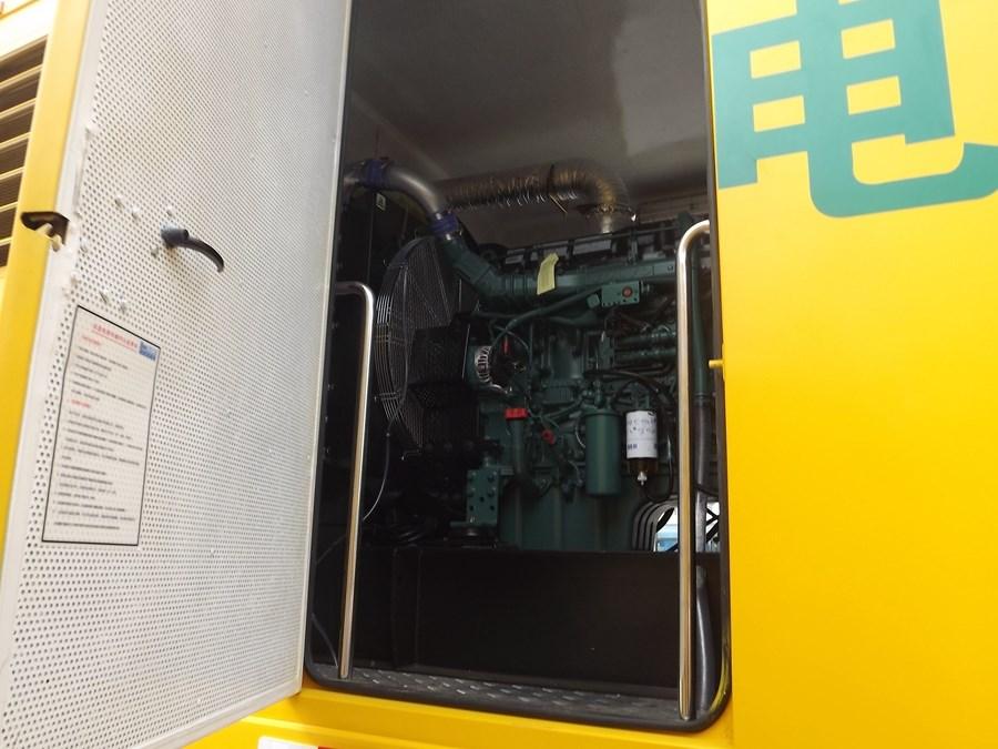 五十铃FTR应急发电车柴油机